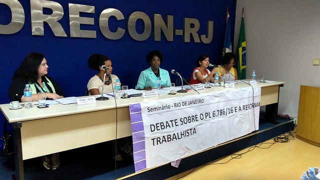 Reforma trabalhista piora situação da mulher negra no mercado de trabalho
