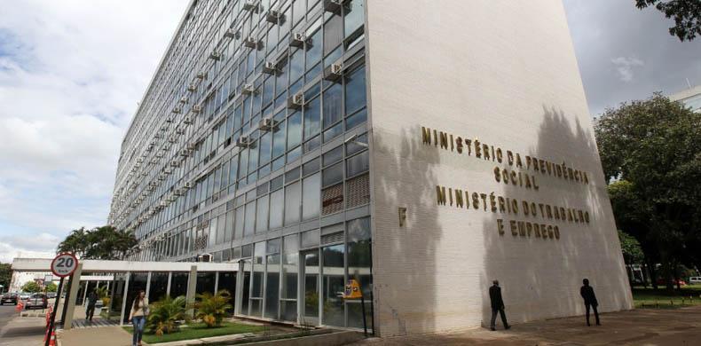 CTB se reúne com o Ministro do Trabalho para discutir representação dos comerciários do Rio