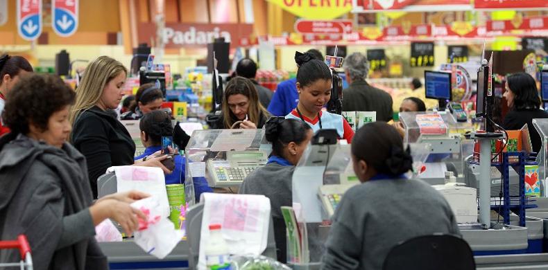 CNTC afirma que decreto de Temer dos supermercados não se sobrepõe a acordos coletivos