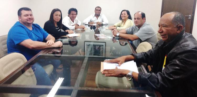 Coletivo dos Comerciários da CTB se reúne para organizar lutas da categoria