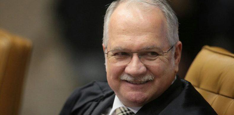 STF: denúncia contra Temer vai à Câmara