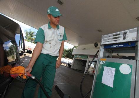 Petrobras anuncia terceiro aumento da gasolina de setembro: 3,3%