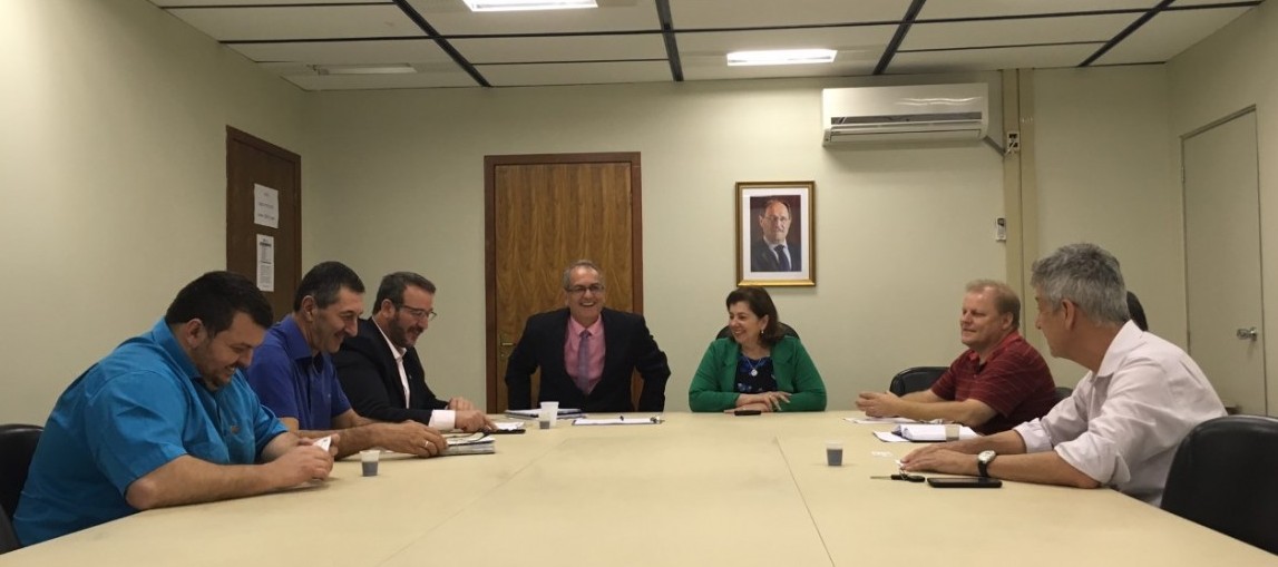 Centrais reivindicam 5,5% de reajuste para piso regional 2018