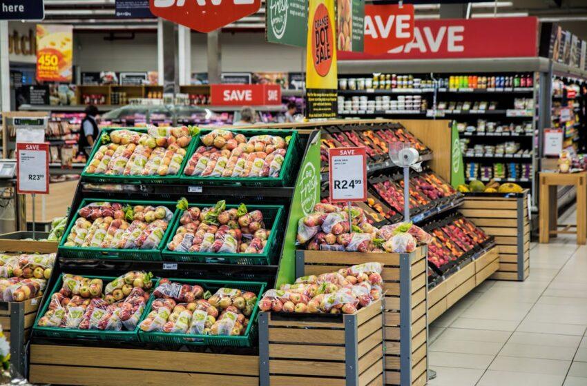 Convenção Coletiva: Reajuste salarial é definido acima da inflação para comerciários de mercados
