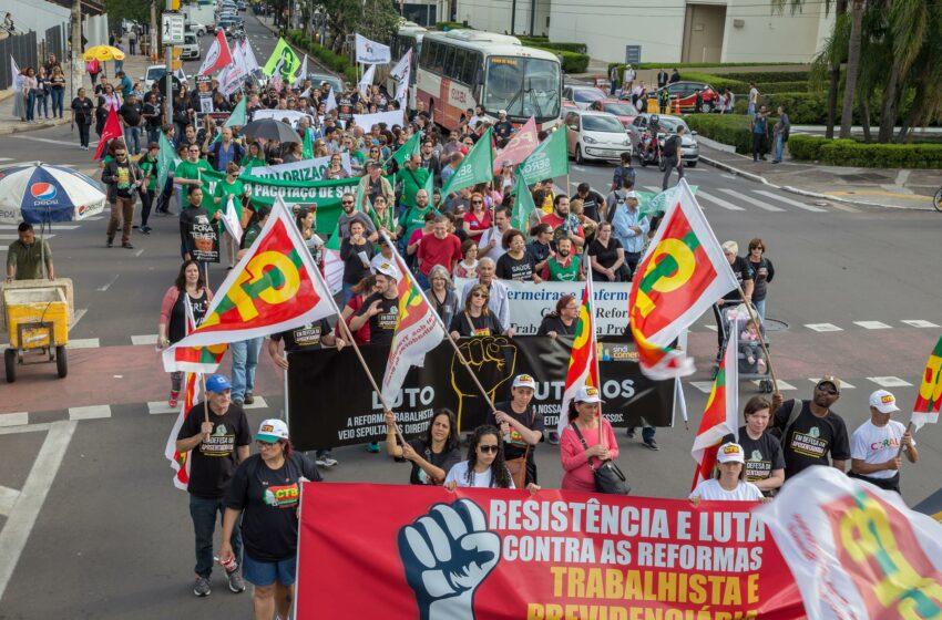 Sindicomerciários Caxias presente no Dia Nacional de Mobilização
