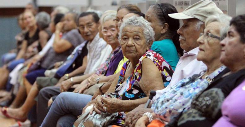 Envelhecer no Brasil: do preconceito à aposentadoria indigna