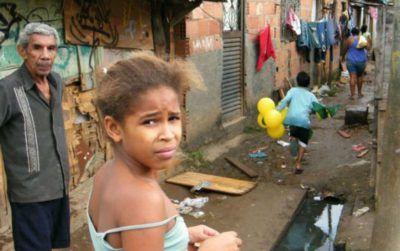 Recessão levou 9 milhões de brasileiros de volta à pobreza