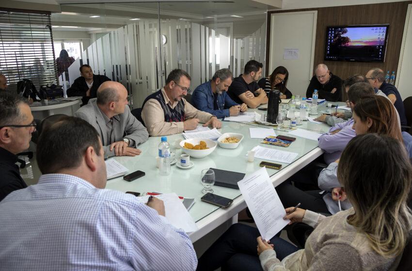 Sindicomerciários luta contra ofensiva aos direitos dos trabalhadores nos mercados caxienses
