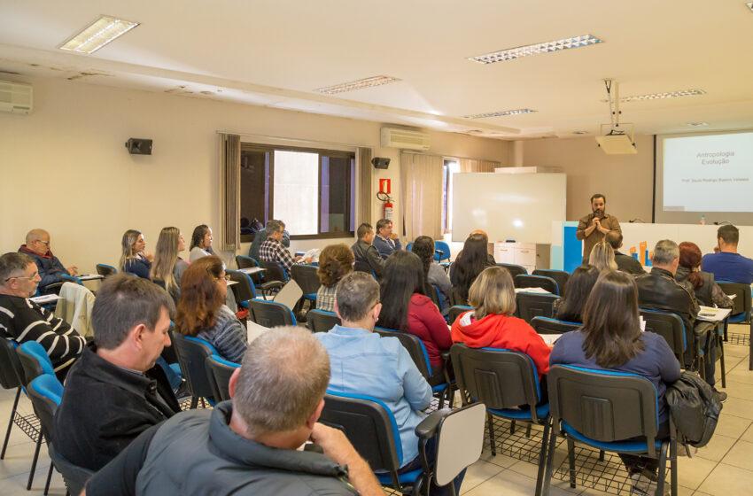 Diretores do Sindicomerciários realiza curso de formação sindical