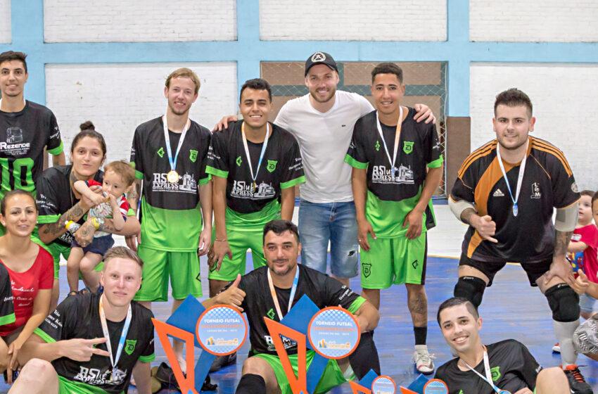 Equipe da Dínamo Caxiense conquista o Torneio de Futsal Sindicomerciários 2019