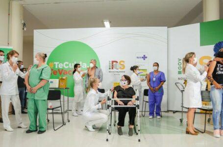 Começa vacinação contra a Covid no RS