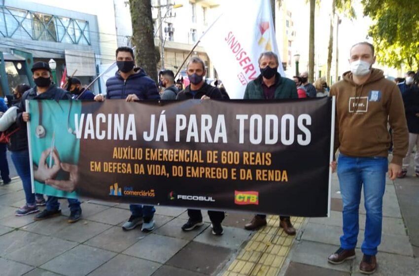 Comerciários participam do Dia Nacional de Lutas pedindo vacinação para todos os trabalhadores já!
