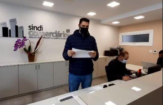 SINDICOMERCIÁRIOS CAXIAS REALIZA TERCEIRO SORTEIO DE 15 CESTAS BÁSICAS ENTRE OS ASSOCIADOS