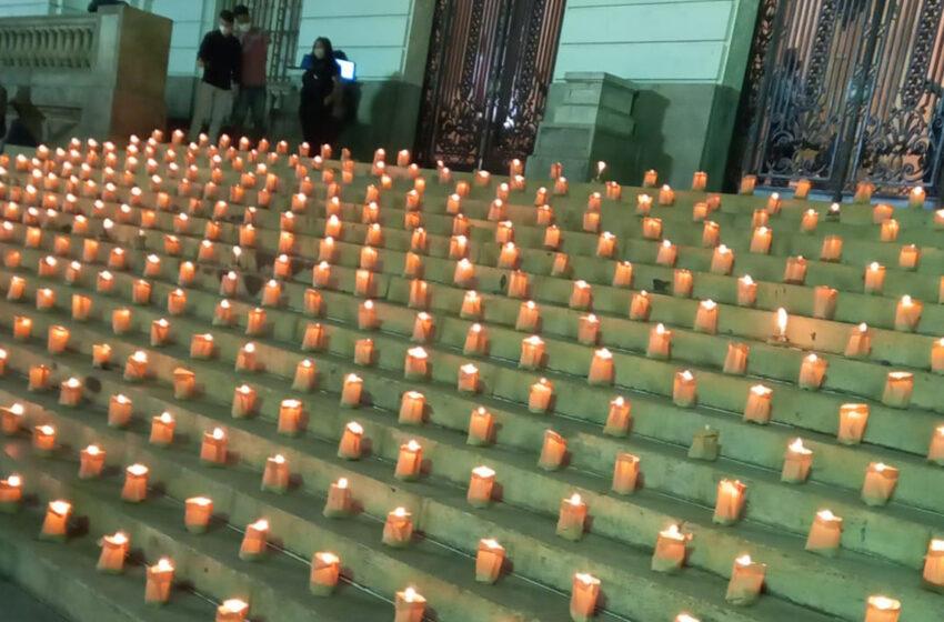 Ato ecumênico no Rio faz tributo aos 500 mil mortos da pandemia; velas também em São Paulo