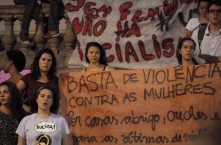 A cada minuto, 8 mulheres foram agredidas no Brasil em 2020, aponta pesquisa